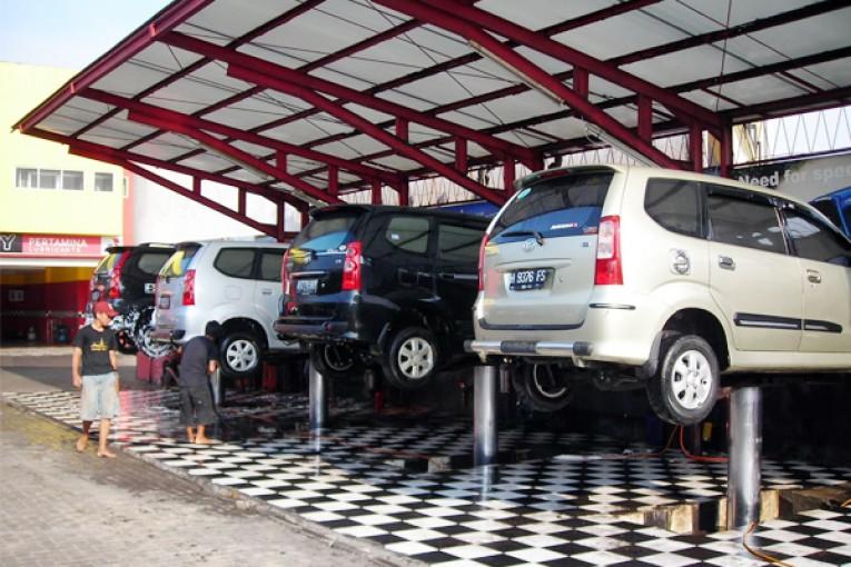 bisnis di bidang otomotif